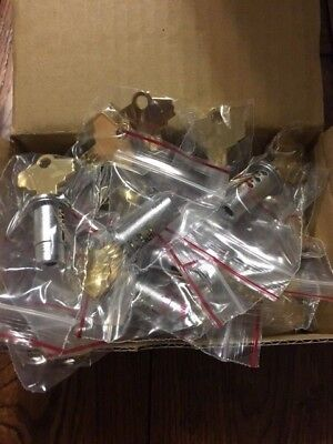 Global Shipping 50 Locks And Keys For Vending Gumball Machines Oak Northwestern