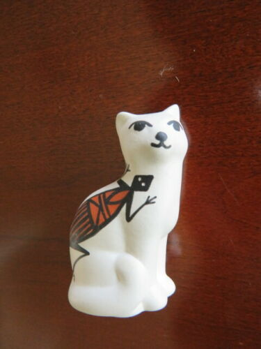 Handmade painted cat sculpture, signed P Jim, Acoma