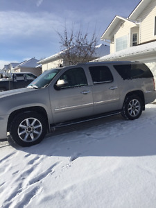 2009 GMC Yukon XL Denali AWD Flex Fuel