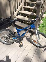 Vélo de montagne pour garçon