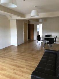 Studio flat in Manor Road, Town Centre