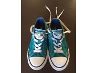 Girls Converse One Star trainers-size UK 11.5/EUR 29-good condition
