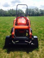 Kioti CK30 Hydrostatic 4X4 Tractor, Loader, and Mower