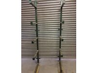 RACKING FOR SUPPORTING LENGTHS OF TIMBER/STEEL