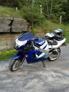 selling my 1997 gsxr 600 Runs perfect and almost a classic! Kingston Kingston Area image 2