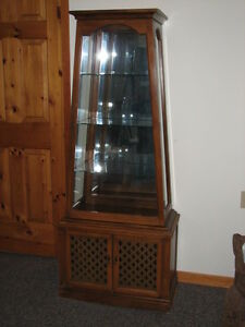 Antique Curio Cabinet Stratford Kitchener Area image 1