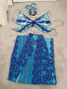 Dance sequened top, skirt, necklace/waist jewelry