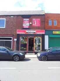 LOCK UP SHOP & SEPERATE 2 BED FLAT FOR SALE/RENT (A1/A2)