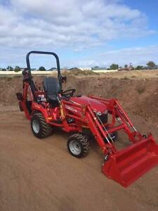 MASSEY FERGUSON GC1720 TRACTOR WITH BACKHOE & 4IN1 BUCKET Aldinga Beach Morphett Vale Area Preview