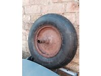 Wheelbarrow wheel with new tyre and tube