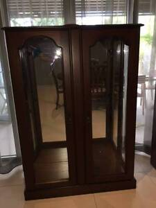 China cabinet with 3 glass shelves Kewarra Beach Cairns City Preview
