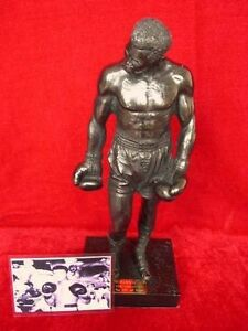 MUHAMMAD ALI MODEL FIGURE STATUE BY LEGENDS FOREVER RARE LIMITED EDITION OF 1000