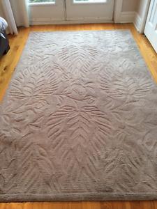 superbe tapis en laine gris