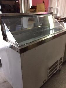 Master Bilt  8 hole ice cream dipping cabinet - FREE SHIPPING