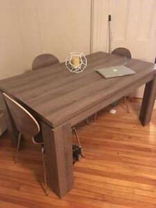 For quick sale: Beautiful & Modern dining set