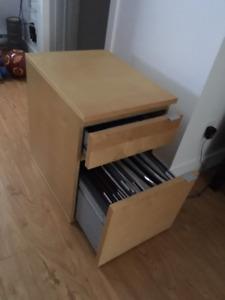 Classeur à tiroir, chêne plaqué blanchi (très bonne condition)