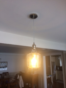 Excellent Condition: Clear Light (A-Type Bulb)