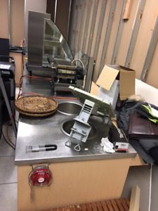 Steam table/ Soup Wells/ counter