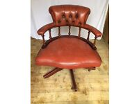 Captains Swivel Chair Light Tan Button Backed
