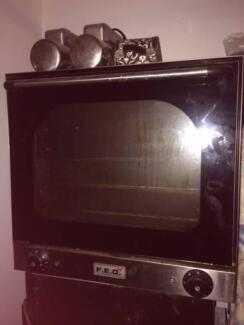 BARGAIN! Awesome sized Convection Oven - must sell! Bald Hills Brisbane North East Preview