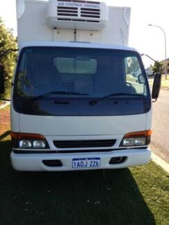 Freezer Truck Isuzu 1999 4 Cyl Diesel  5 spd (normal drivers lic) Bateman Melville Area Preview