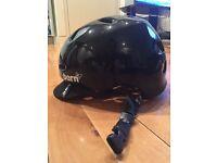Woman's BERN Berkeley Helmet in Black - Size M