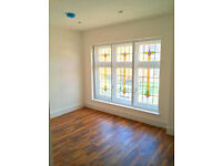 Stunning Two Bed Aprtment Next to Whitechapel, Fully Furnished and Immaculate!!!