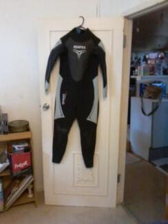Wetsuit - Mares Diving Steamer in Excellent Condition