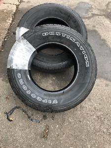 pneu firestone neuf pneu 225/75R16 NEUF! 120$ chacun (480$ le 4)