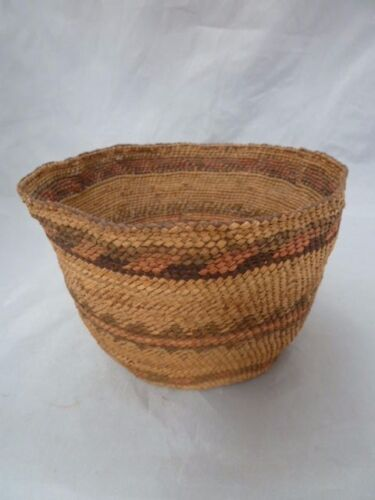 """Native American Weave Basket Bowl. Very Nice Design. Approx 4"""" T & 6"""" D"""
