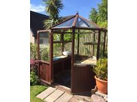 ALTON OCTAGONAL GREENHOUSE FOR SALE 6 FEET / 6 FEET