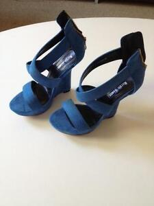 Blue Marco Gianni Heels (size 38) Merewether Newcastle Area Preview