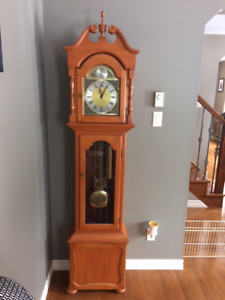 Floor Lamp Kijiji >> Grandfather Clocks | Kijiji in New Brunswick. - Buy, Sell ...