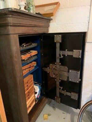 Coffre-fort armoire ancien avec clé et code - super état de fonction