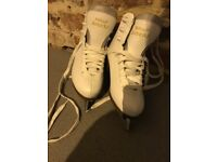 Ladies/girls Graf White Ice Skates. Size 35 (3)