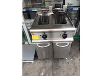 TWIN TANK ELECTRIC FRYER COMMERCIAL KITCHEN CATERING EQUIPMENT CAFE SHOP RESTAURANT TAKEAWAY