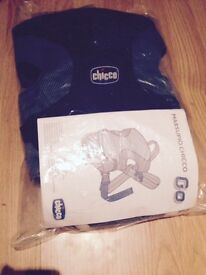 Chicco baby 2 way carrier
