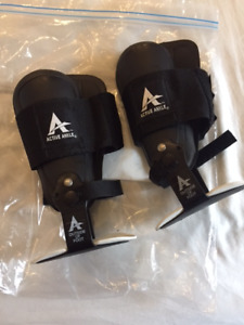 Volleyball or court sports ankle braces - Size M