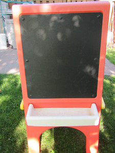 """""""Little Tikes"""" Draw and Display Frame Board/Chevalet"""