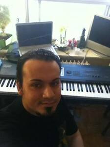 Session keyboard/synth player/pianist available