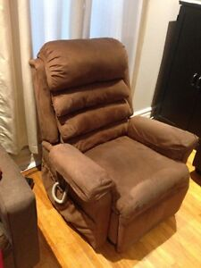 Lift Chair Recliner w/ Battery backup
