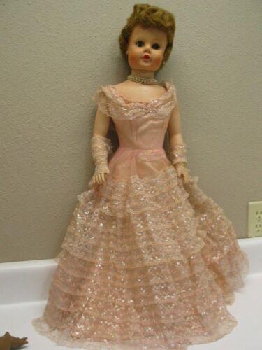 Betty Beautiful Bridesmaid Vintage 1950s doll