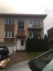Lachine West, 5 1/2 upper Duplex for rent