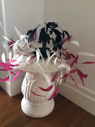 FEATHER HAT/FASCINATOR Kangaroo Point Brisbane South East Preview