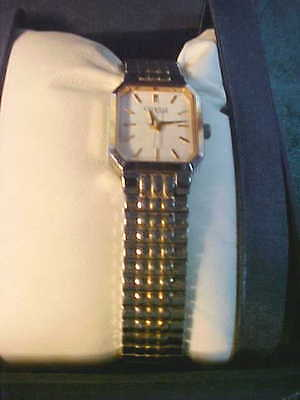 Exquisite Bulova Caravelle Ladies Silver & Gold Stretch Band Watch-Free Shipping