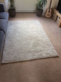 Large IKEA rug - excellent condition, almost new