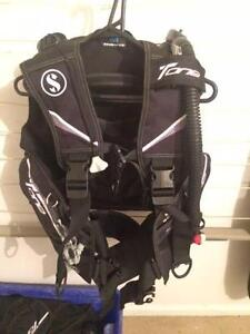 Scuba diving - Scubapro Rebel BCD light weight 80% new - bargain Brompton Charles Sturt Area Preview