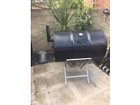 Robust drum barbeque,food is so tasty,with that smokey flavour.Google drumbeque for specs