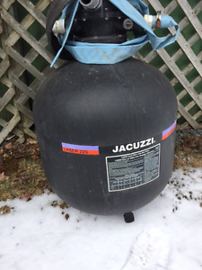Jacuzzi sand filter for swimming pool
