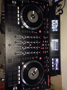 Numark NS7III W/ Original box